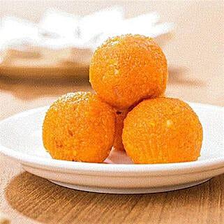 Motichoor ladoo: Bhai Dooj Sweets