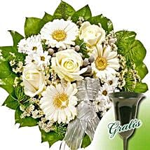 Call For Reverence Bouquet: Send Gifts to Dusseldorf