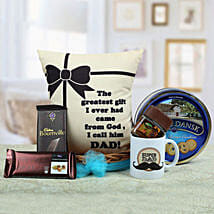 A Yummy Treat for Daddy: Send Gift Baskets to Hyderabad