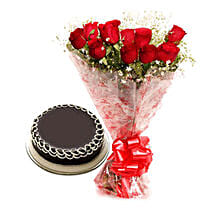 Capturing Heart- Red Roses & Chocolate Cake: Send Flowers to Moga
