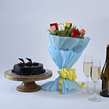 Chocolate Cake and Roses: New Year Gifts for Employees
