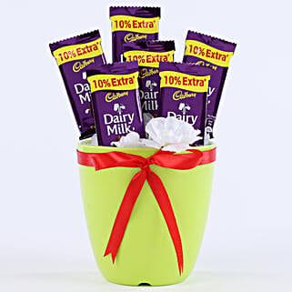 Chocolaty Vase: Send Chocolates to Pune