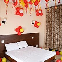Colorful Balloons Decor Red White & Yellow: Birthday Gifts for Kids