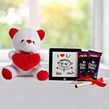 Cute Love Gift: Send Gift Hampers to Delhi