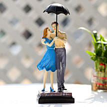 Cute Valentine Day Couple Showpiece: Gifts to Purnia