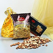Delicious Delights: Karwa Chauth Gifts Jaipur