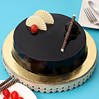 Exotic Chocolate Cream Cake: Anniversary Cakes