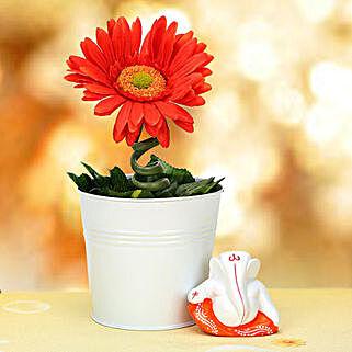 Ganesha and Plant: Artificial Plant
