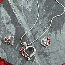 Heart Set For Sweetheart: Fashion Accessories