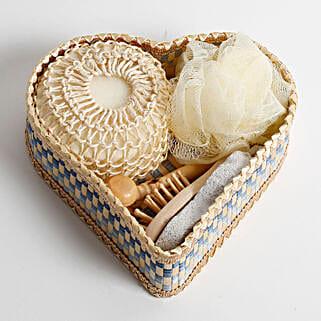 Heart Shaped Bath Set Gift Box: Cosmetics & Spa Hampers