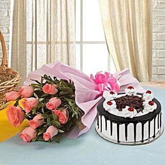 Heartwarming Treat: Women's Day Flowers & Cakes