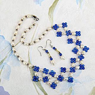 Living Stylishly: Send Jewellery Gifts
