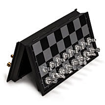 Magnetic Chess Set: Toys and Games