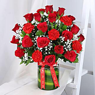 Roses N Carnations Arrangement: Gifts Under 2000