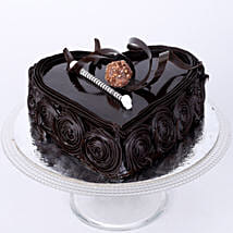 Special Floral Chocolate Cake: Send Heart Shaped Cakes to Pune