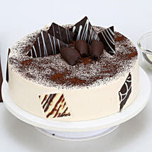 Tiramisu Cake: Wedding Cakes to Indore