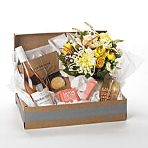Pamper Her Gift Hamper: New Year Gifts Delivery In New Zealand