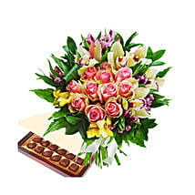 Burst Of Romance with Chocolates: Mothers Day Gift Delivery Qatar