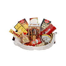 Tea for Two Basket: Romantic Gifts to Qatar