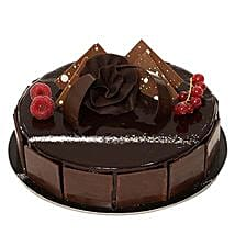 Chocolate Sponge Cake: Cake Delivery in Riyadh