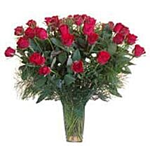 15 Red Roses in Glass Vase SA: Xmas Gift Delivery South Africa
