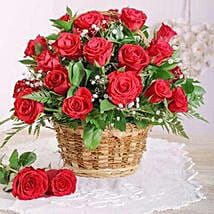 Red Rose Basket: Anniversary Gifts to South Africa