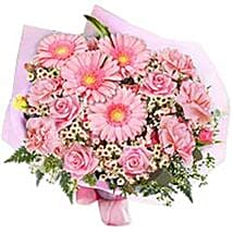In the pink bouquet SL: Sri Lanka Corporate Gifts