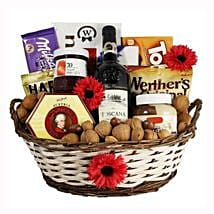Classic Sweet Gift Basket: Send Gifts to Sweden