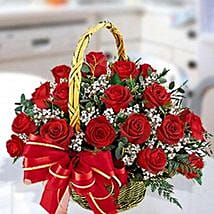30 Red Roses Arrangement: Anniversary Gifts to UAE