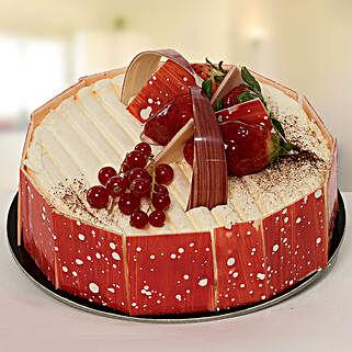 Vanilla Temptation: Anniversary Cakes to UAE