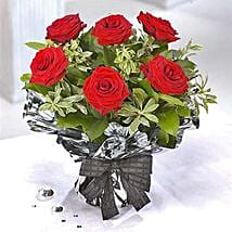 Amadues: Valentine's Day Flowers to UK