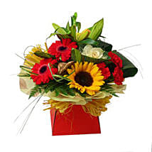 Expression of Elegance: Mother's Day Flower Delivery in UK