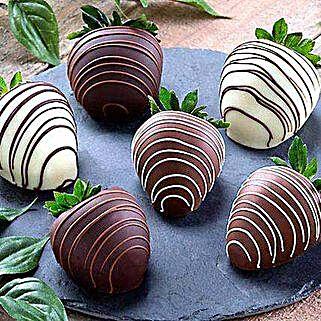 Dipped Chocolate Strawberries: Anniversary Chocolates in USA