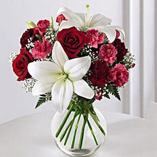 Enduring Romance Bouquet: Send Flowers to USA