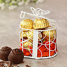 Mint 10 Pcs of Chocolates in a Cute Gift Box: Chocolate Delivery in USA