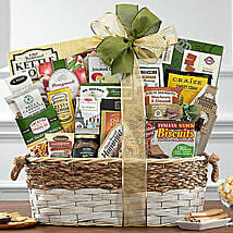 The Classic Gift Basket: Christmas Gift Delivery in USA